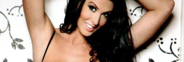 alice goodwin topless to grab her breasts in zoo 5860