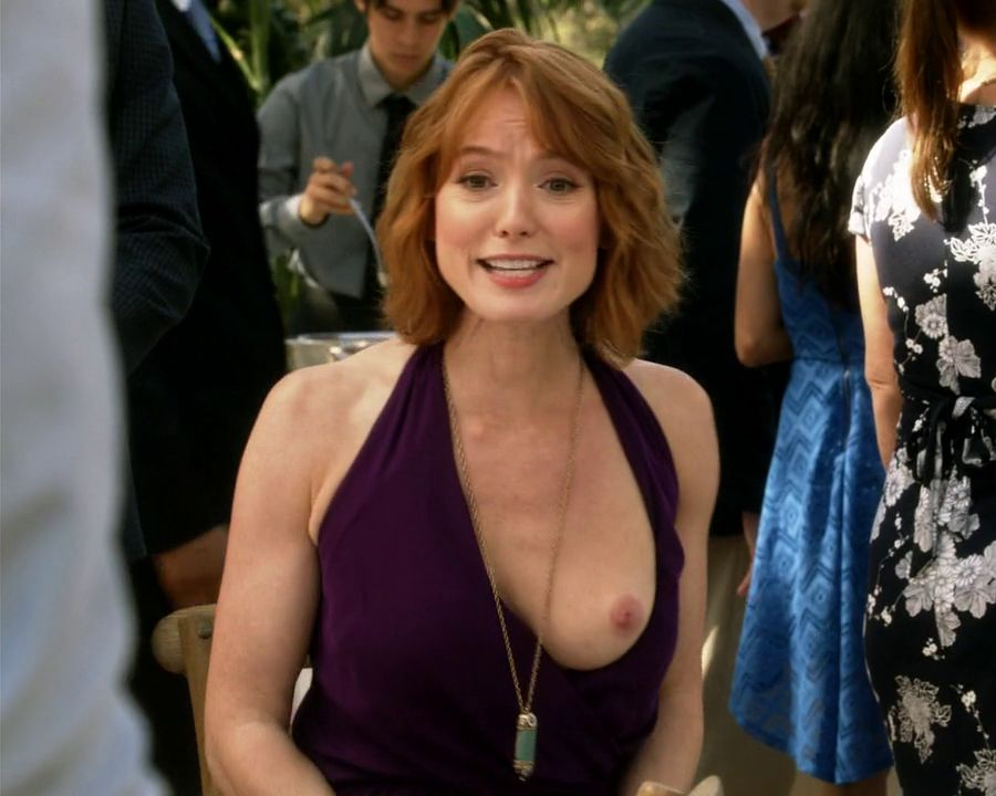 Alicia Witt Topless Breast Out On House Of Lies Photo