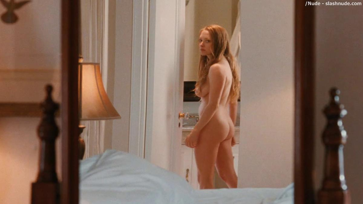 Amanda seyfried amp julianne moore lesbian scene from chloe 10