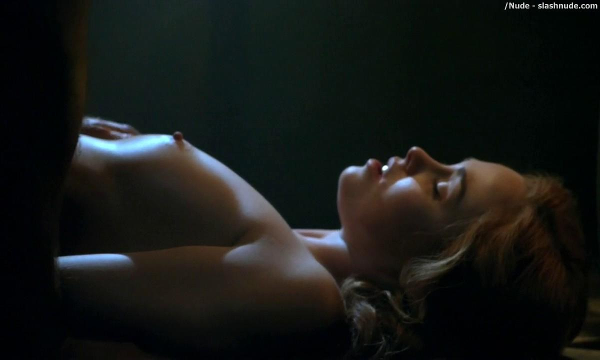 Anna Hutchison Nude For Sex Scene On Spartacus 6