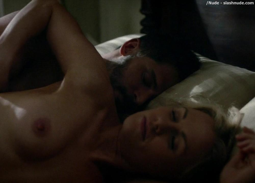 Anna Paquin Topless From True Blood Final Season Premiere 14