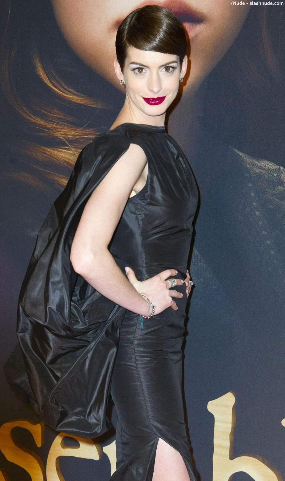 Anne hathaway pussy