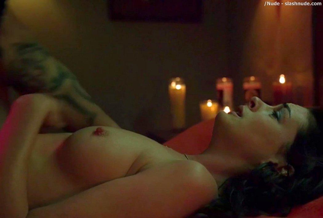 anne hathaway nude havoc
