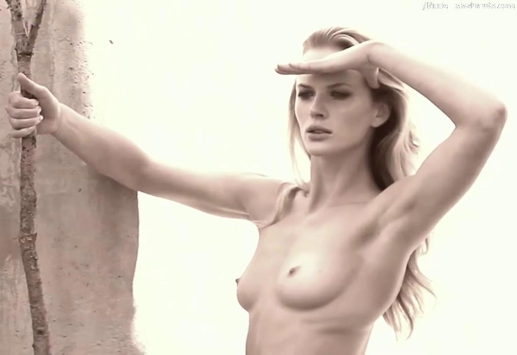 Anne vyalitsyna topless
