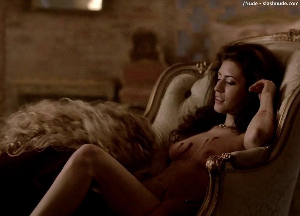 Ashley Barron Nude In A Chair On True Blood 6