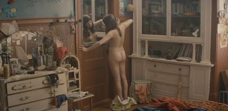 Diary of a teenage girl nudity