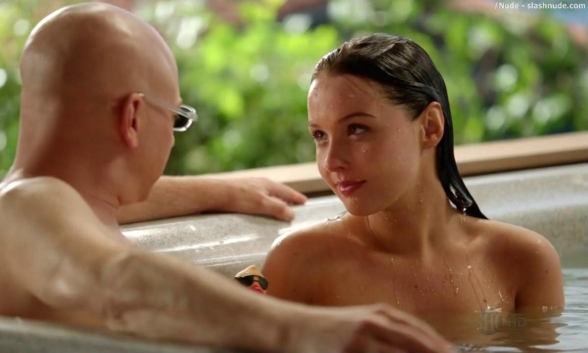 nude women hot tub
