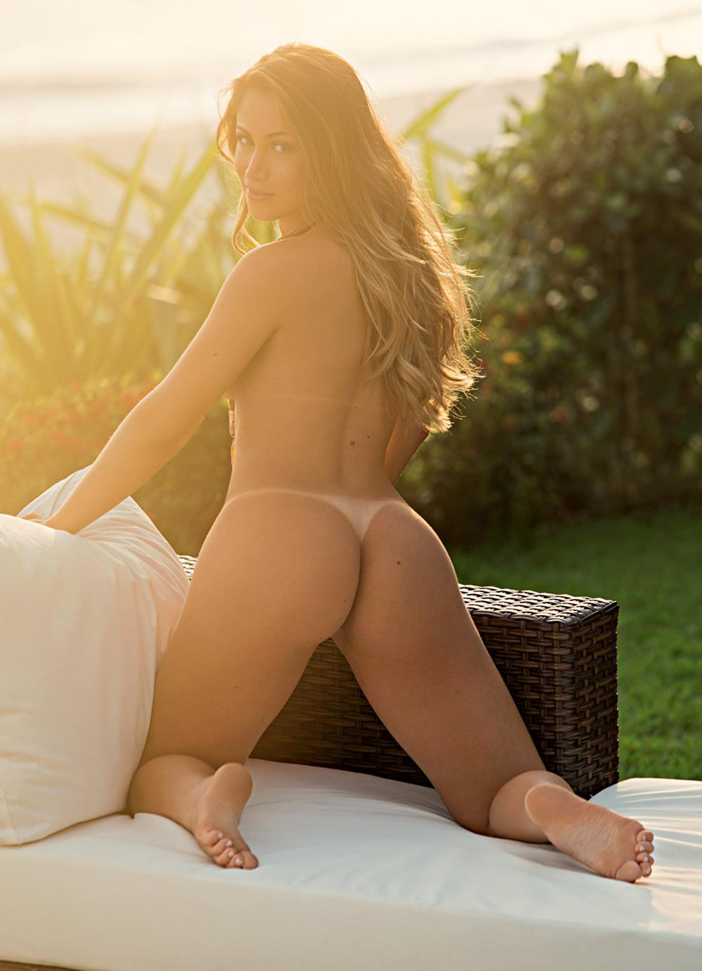 nudes (74 photo), Cleavage Celebrity photos