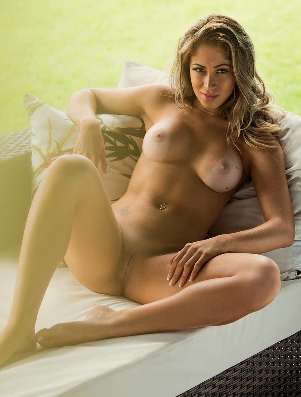 Carol Narizinho Nude