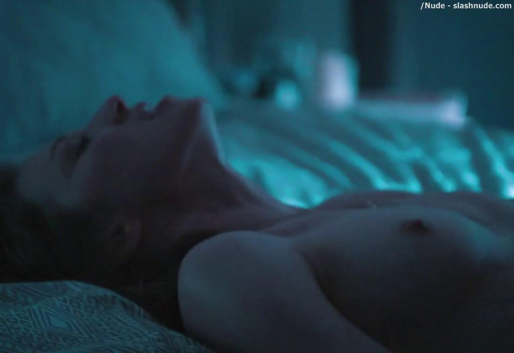 Carrie Coon Nude Sex Scene From The Leftovers 19