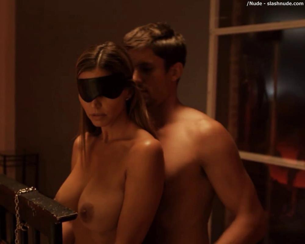 dzhennifer-karpenter-snimalas-v-porno