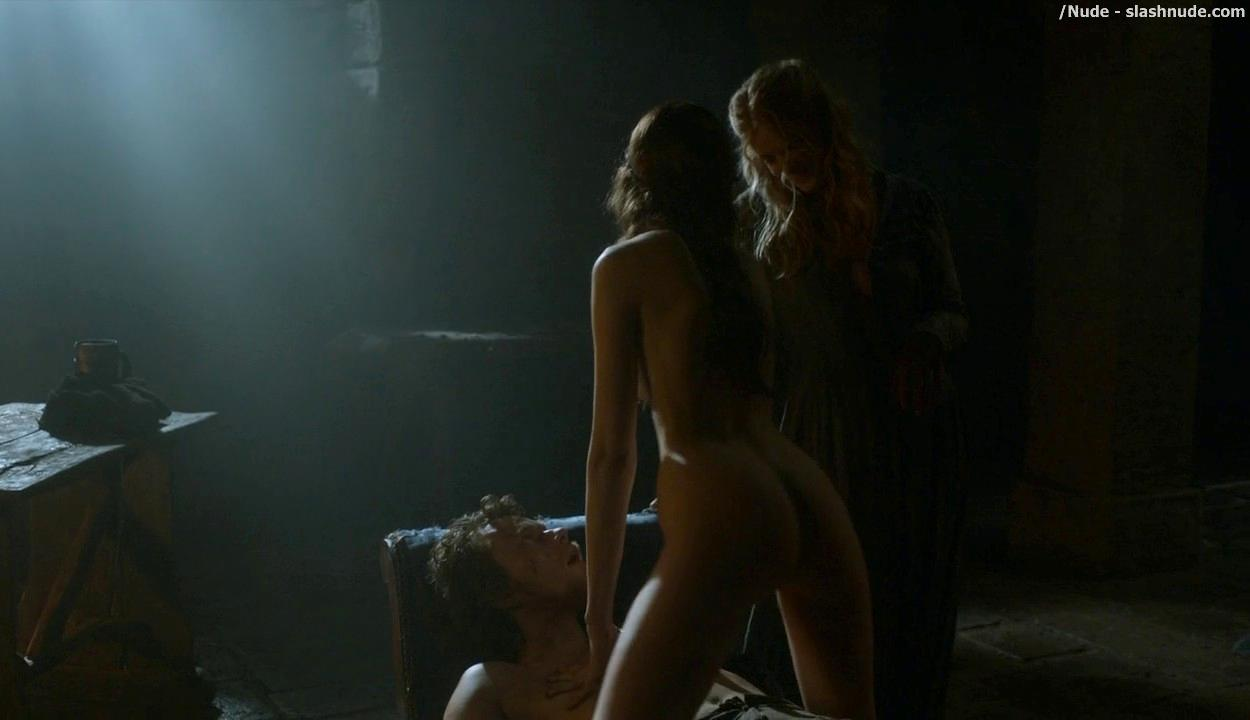 Charlotte Hope Stephanie Blacker Nude Together On Game Of ...
