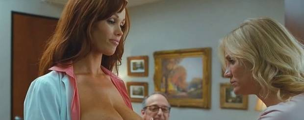 christine smith topless breasts squeezed by cameron diaz 6187