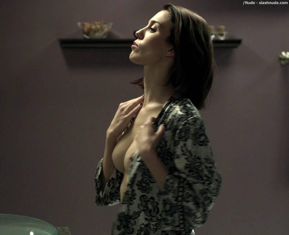 Christy Carlson Romano Nude Shower Scene From Mirrors 2 2