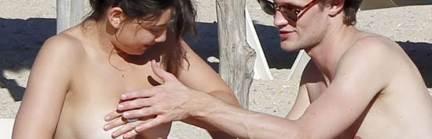 daisy lowe topless breast rub from doctor who 2334