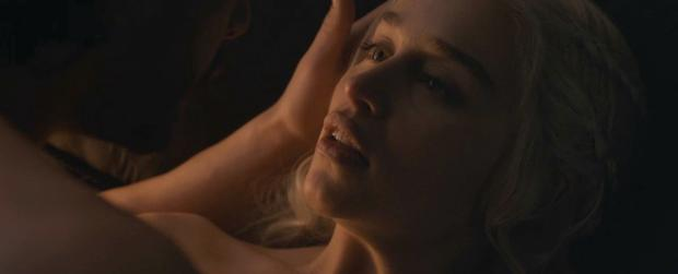 emilia clarke nude with kit harington on game of thrones 5986