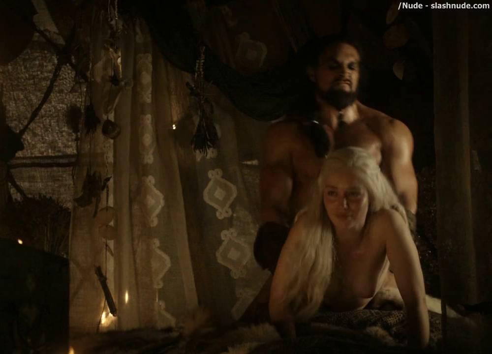 Apologise, but Game of thrones emilia clarke sex criticising advise