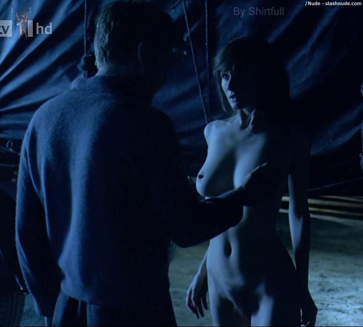Understand you. Emily mortimer full frontal nudity think