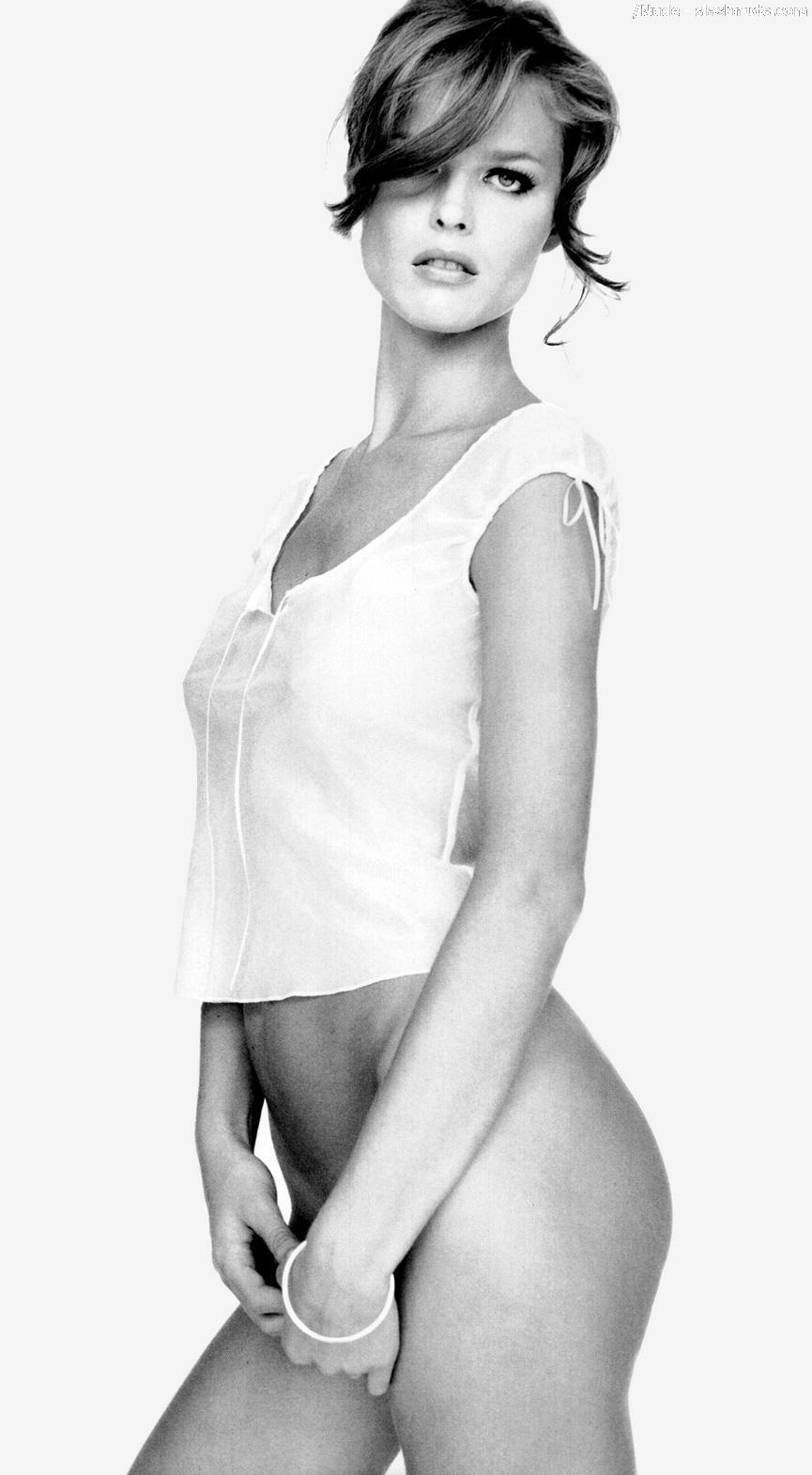 eva herzigova nude in black and white for elle - photo 5 - /nude