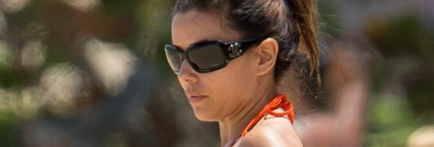 eva longoria nipple slip out of bikini in puerto rico 9578