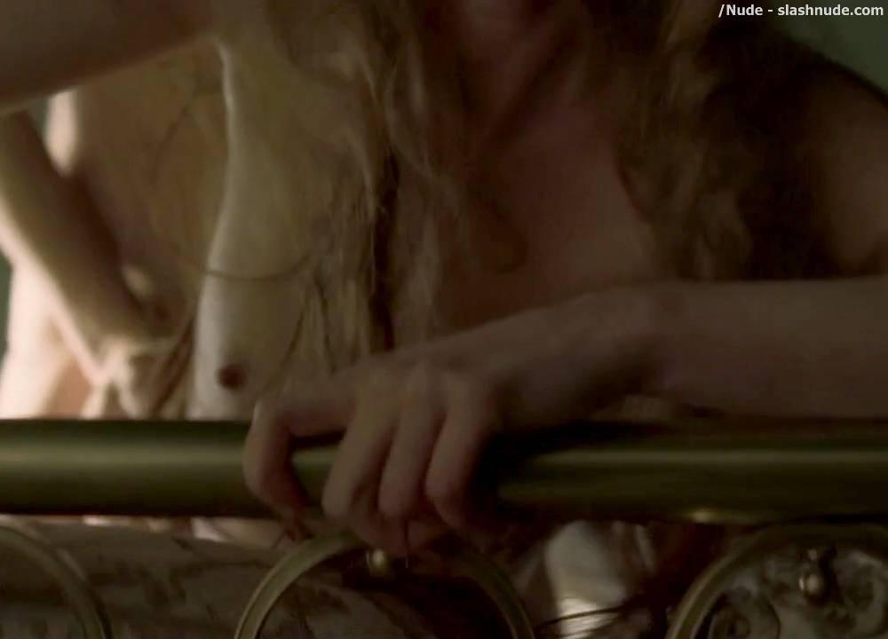 gretchen mol nude scene