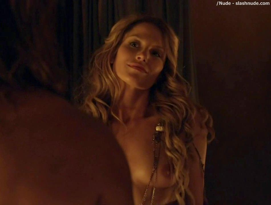 Ellen hollman explicit group sex topless butt spartacus s03e01 2013 3