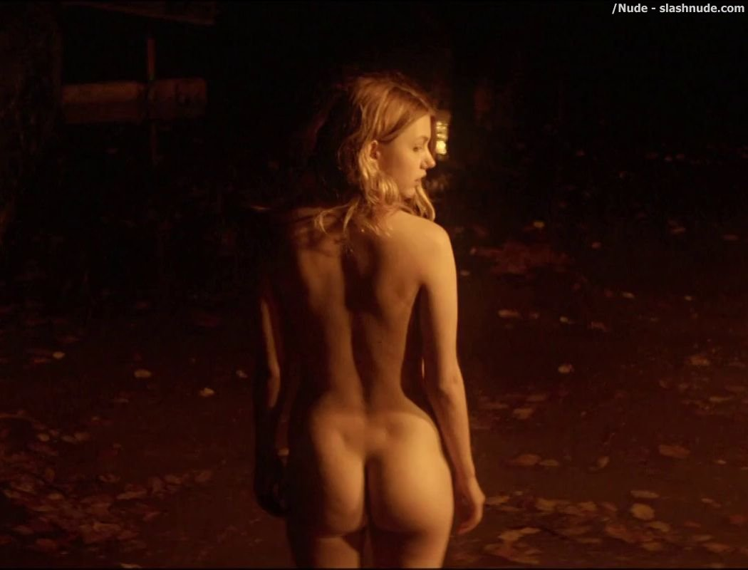 Hannah Murray Nude Ass Revealed In Bridgend - Photo 10 - /Nude