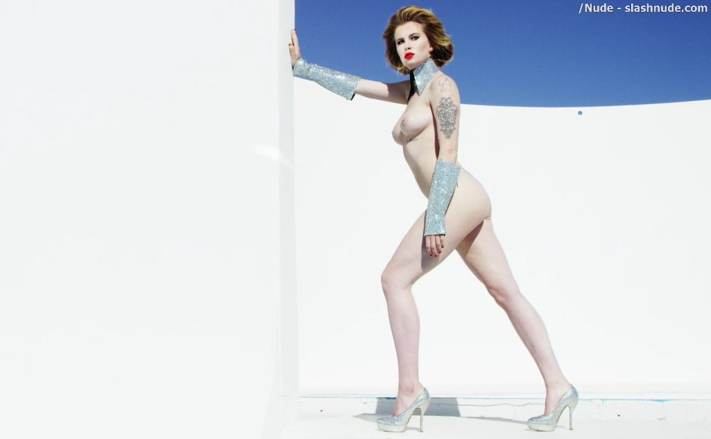 Ireland Baldwin Topless In Treats 11