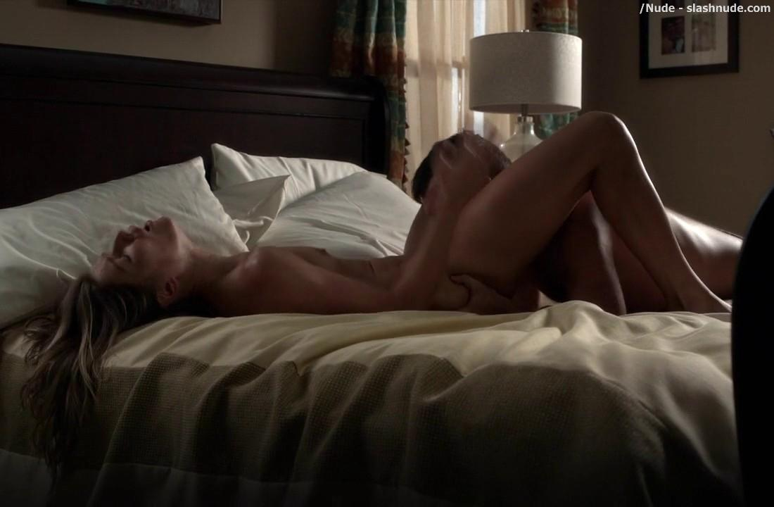 Ivana Milicevic Nude On Her Back For Oral On Banshee 17