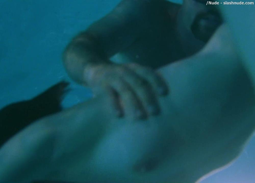 Jane Adams Parker Posey Topless In The Anniversary Party 15