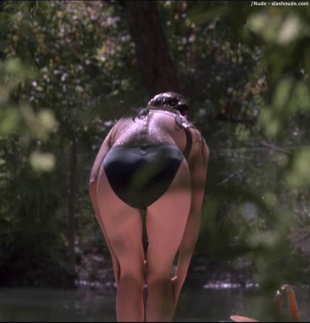 Sexy petite milf slut hard porn pictures