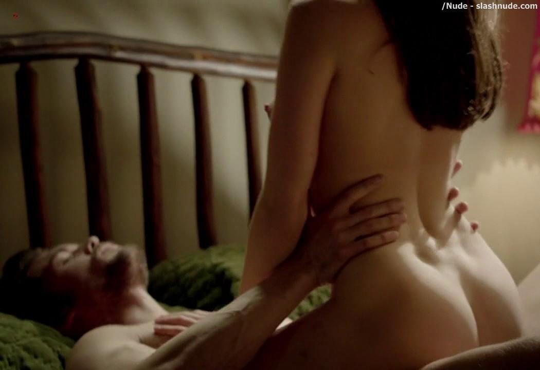 Sexy women bending over nude pics