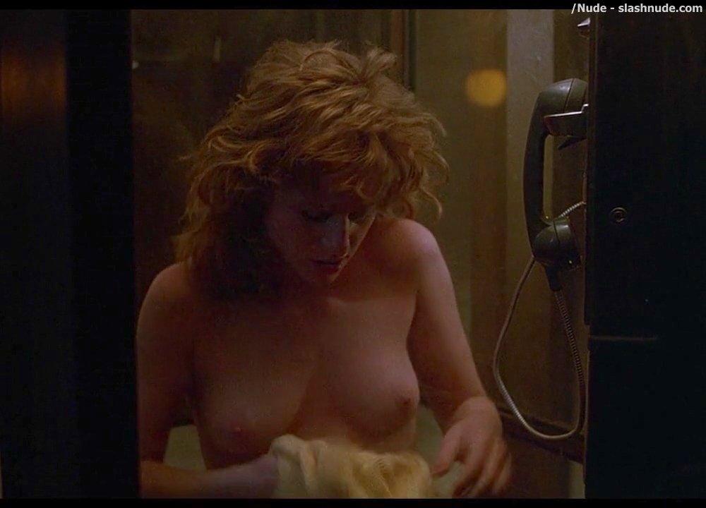 Cummins  nackt Juliette Juliette Cummins
