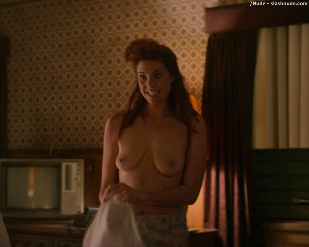 Christina ricci nude in 039z the beginning of everything s01e04 9