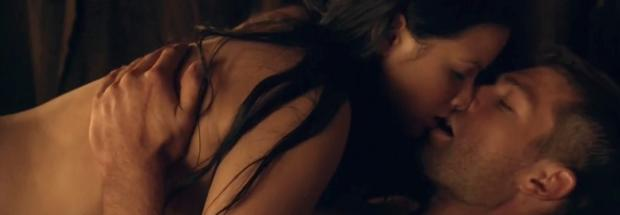 katrina law naked embrace on spartacus vengeance 4046