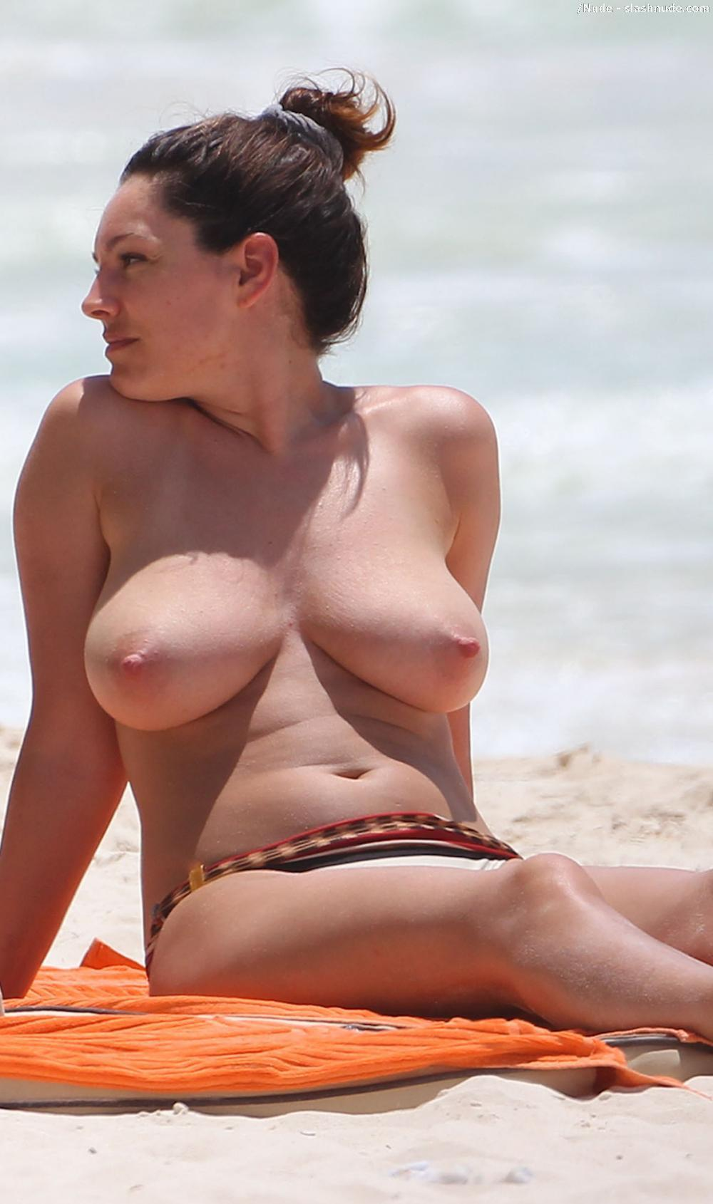 Absolutely Kelly brook topless mexico apologise