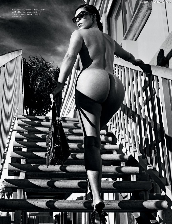 news kim kardashian nude love magazine
