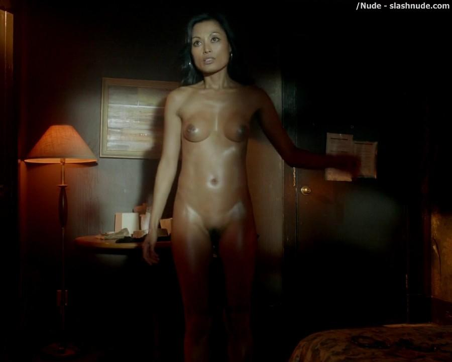 Kira Clavell Nude From Top To Bottom On Rogue 5