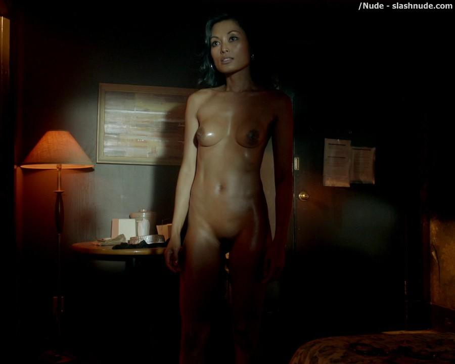 Kira Clavell Nude From Top To Bottom On Rogue 7