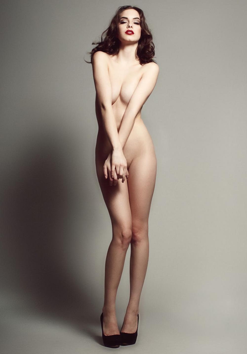 Linda Johnson  nackt