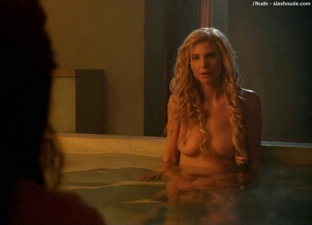 Lucy Lawless And Viva Bianca Topless In The Bath On Spartacus
