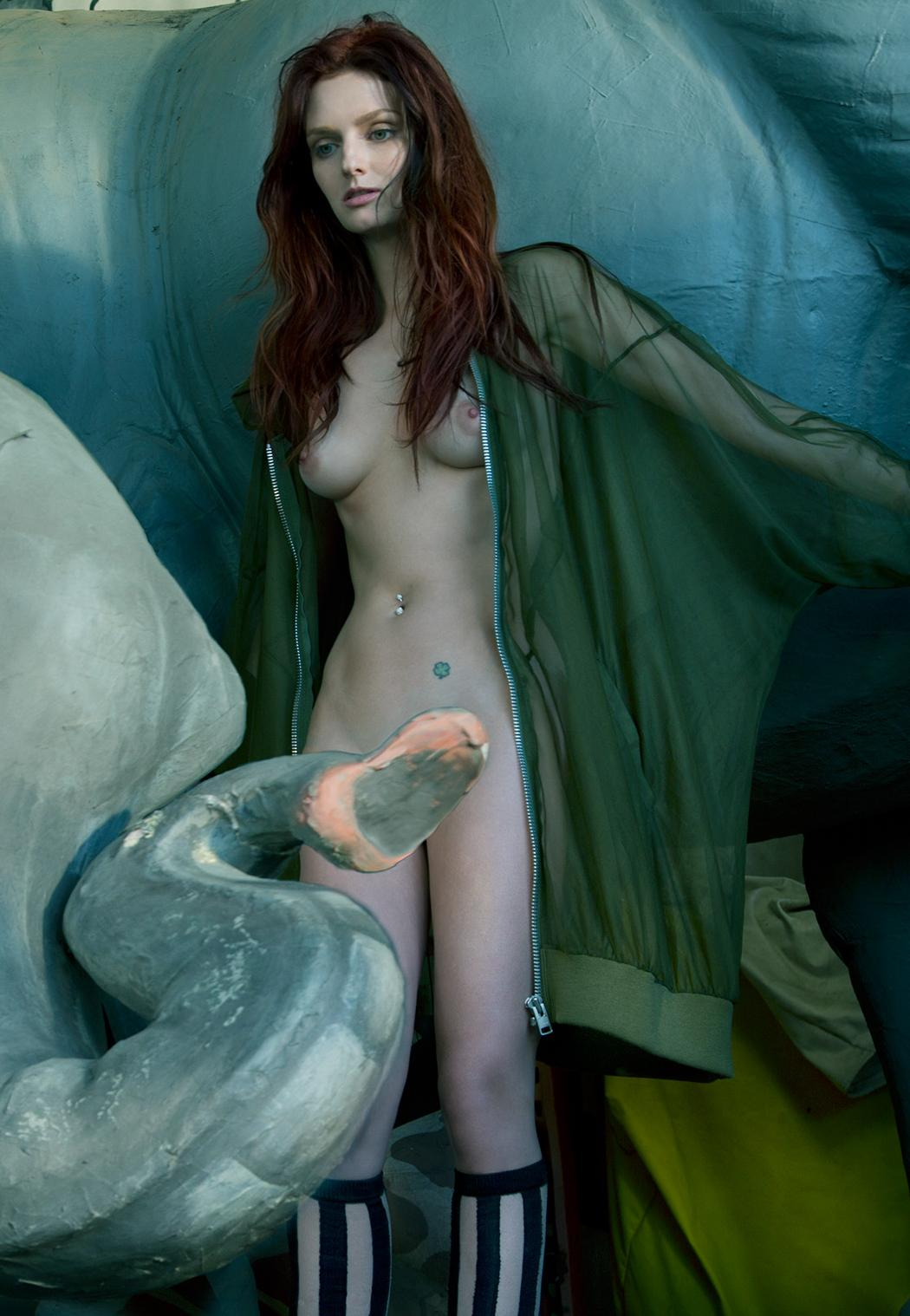 Couple hearst nude picture