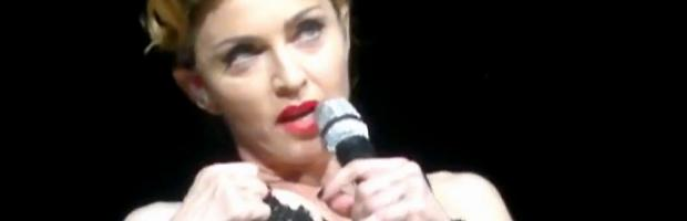 madonna pulls down bra to expose her breast in istanbul 2989