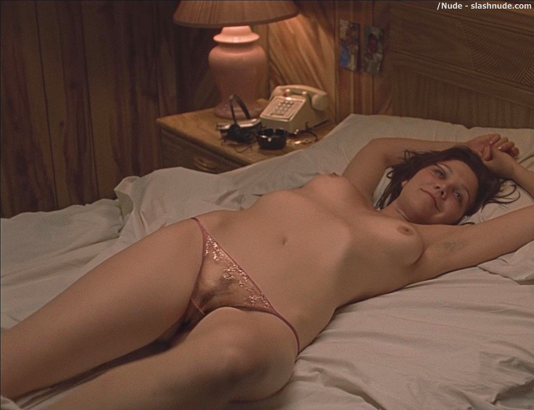 Maggie gyllenhaal nude pictures opinion