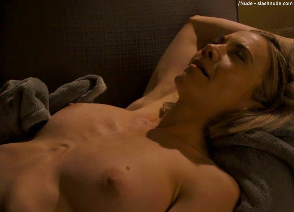 Megan Stevenson Nude In Get Shorty Sex Scene 27