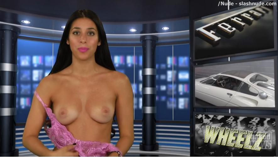 Naked News Free 7 Day Trial For Nude Readers 3
