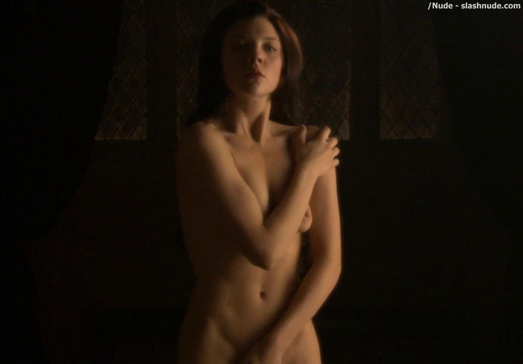 Natalie Dormer Nude In The Tudors 3