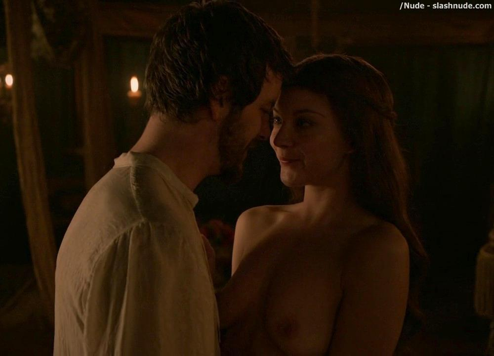 Natalie Dormer Topless On Game Of Thrones 10