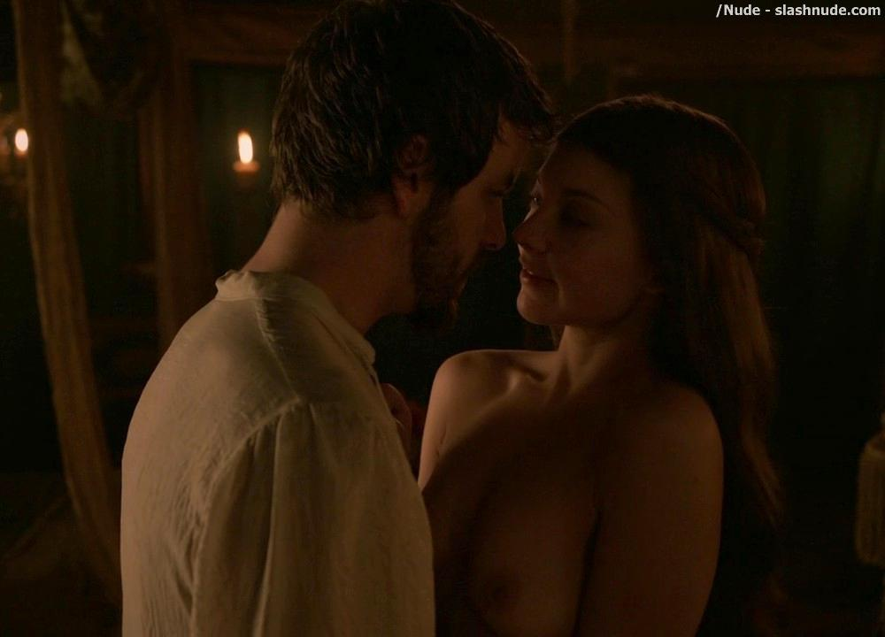 Natalie Dormer Topless On Game Of Thrones 9