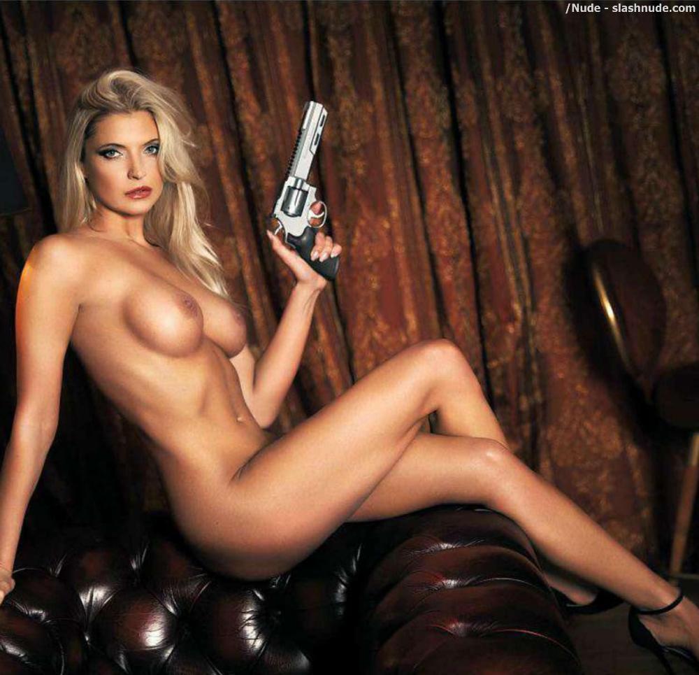 from Zeke naked chicks w guns